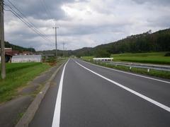 県道60号線を東へ