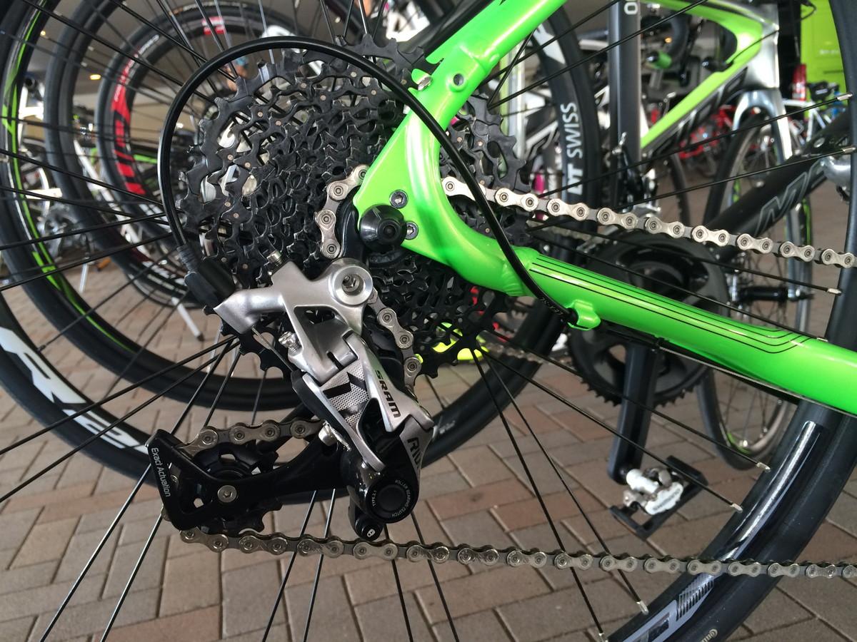 【自転車】 スラム Rival22 Rear Derailleur short 【ロードレーサーパーツ】