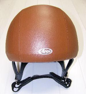 競馬用ヘルメット