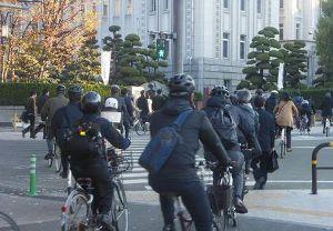 ヘルメット条例