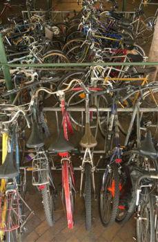 ニューヨークも自転車通勤者急増 市議会で「駐輪」2条例可決