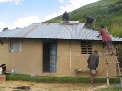 ウガンダの村で