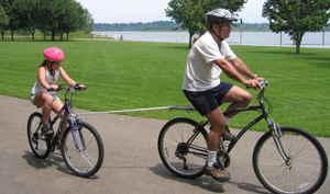 自転車を連結して走行する