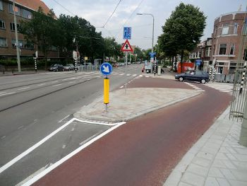 Dutch Intersection Design with Cycle Tracks, NL-2011-TranspoWiki