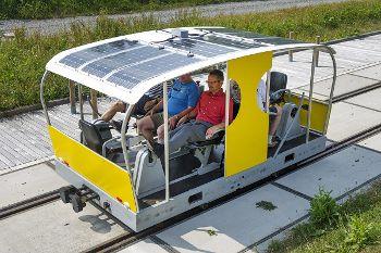 Vagón propulsado con energía solar
