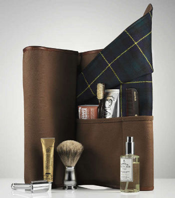 Dewars X FSC Travel Bag, shop.freemanssportingclub.com