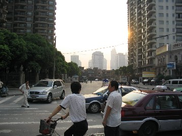 周辺の開発から取り残されたような地区も多い