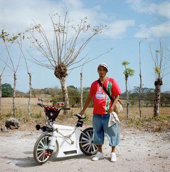 Priti Baiks, www.jose-castrellon.com