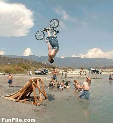 自転車ジャンプ