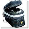 工具やパンク修理セットのついたサドルバッグ