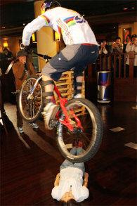 自転車のワザ