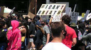 黒人男性殺害抗議デモ