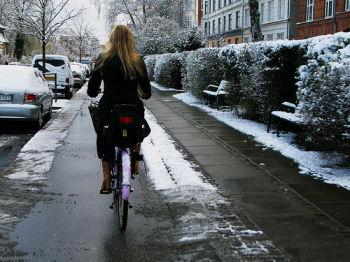 雪が降っても自転車