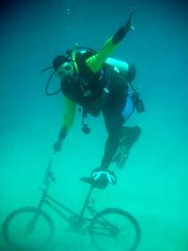 水中自転車散歩