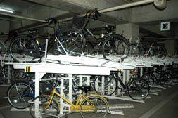 駅前自転車駐車場