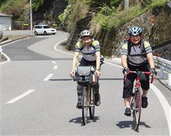 自転車と共にバスツアー