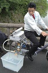 災害時用に自転車で飲料水製造