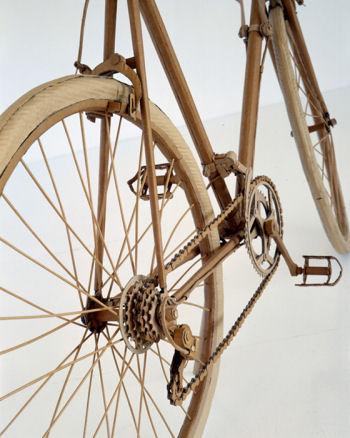 ダンボールの自転車
