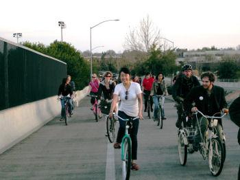 デービス市の自転車道