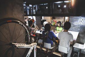 自転車バー