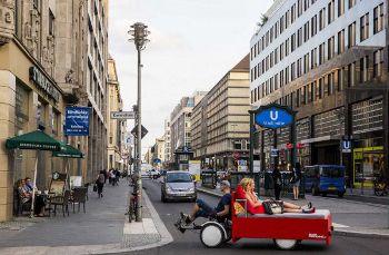 Berlin Horizontal