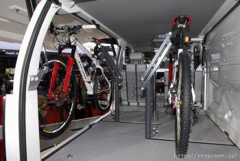クルマ+自転車