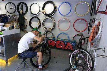 ギリシャで自転車ビジネス盛況