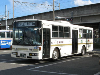 自転車が載せられる路線バス、Photo by Tokyodesert,licensed under the Creative Commons Attribution ShareAlike 3.0 Unported.