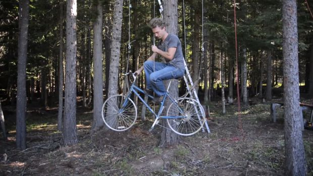 Bicycle-Powered Treehouse Elevator, makezine.com