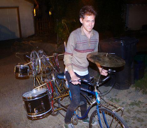 Drum Bike, thehum.bostonbiker.org