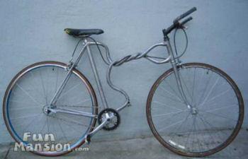 ねじり自転車
