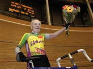 100歳が自転車走で記録