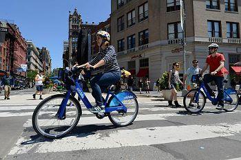 NY、自転車ですいすい