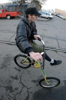 車輪を平行に。