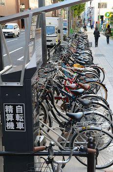 歩道上の駐輪場
