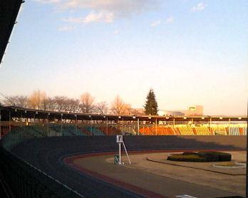 夕方の競輪場