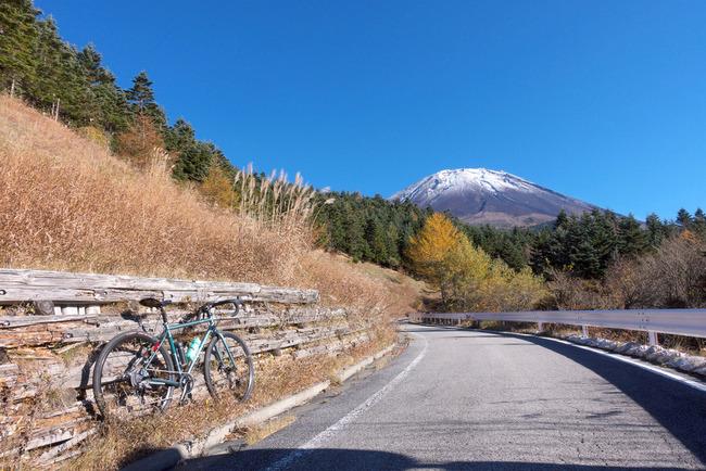 晩秋の富士山-009
