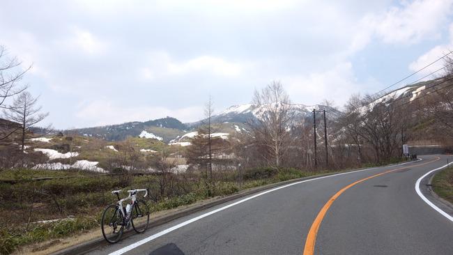 天空の志賀草津道路-005