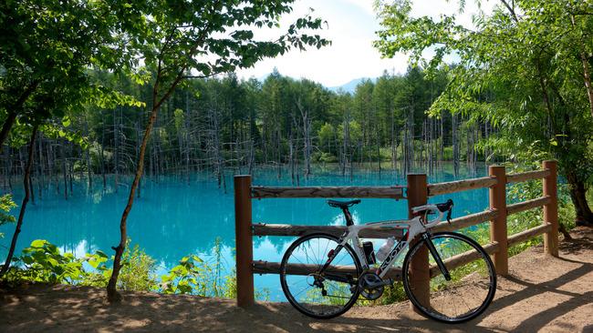 青い池-002