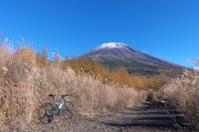 晩秋の富士山-011