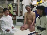 【動画】秋田県のセ○クス教団「リトル・ペブル同宿会」で行われるSEX教義とは。 : ちょwww勢いwww