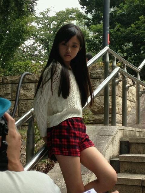 【画像あり】子役・モデルの原菜乃華ちゃん(11歳・小5)が超可愛いと話題に 一方マンスジを晒し続けるジュニアアイドル達 : ちょwww勢いwww