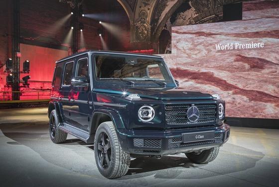Mercedes-Benz-G-Class-16-1