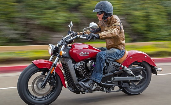 081515-mobo-2015-cruiser-indian-scout