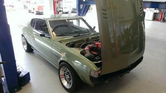 Toyota-1977-Celica-GT-Liftback-V8-Custom_01