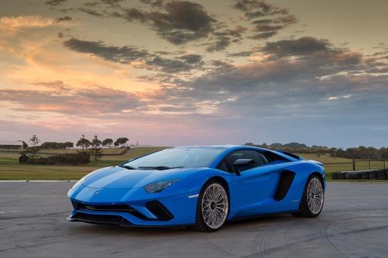 Lamborghini_PhillipIsland_QTOGFpY
