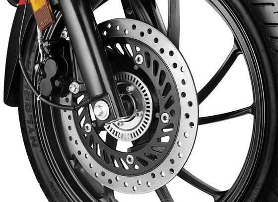 Hero-Xtreme-200R-pics-disc-brake-abs