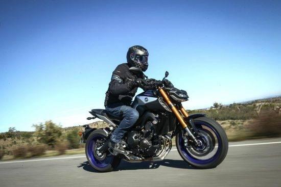いきなり大型バイク乗るのって危ない?