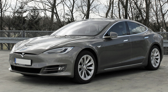 Tesla_Model_S_(Facelift_ab_04-2016)_trimmed