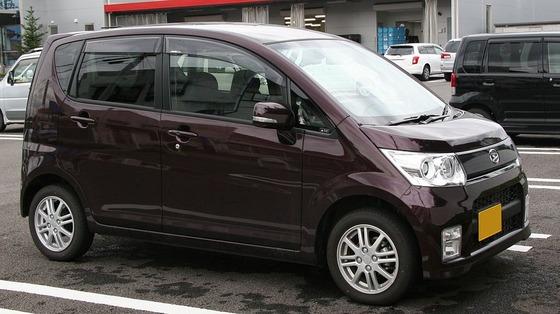 1024px-2008_Daihatsu_Move_Custom